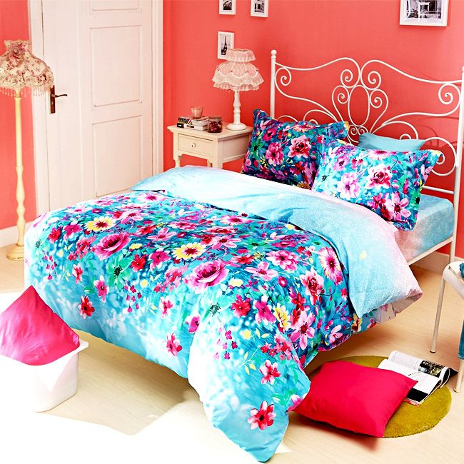 purple and white bedroom and pink and blue bedroom
