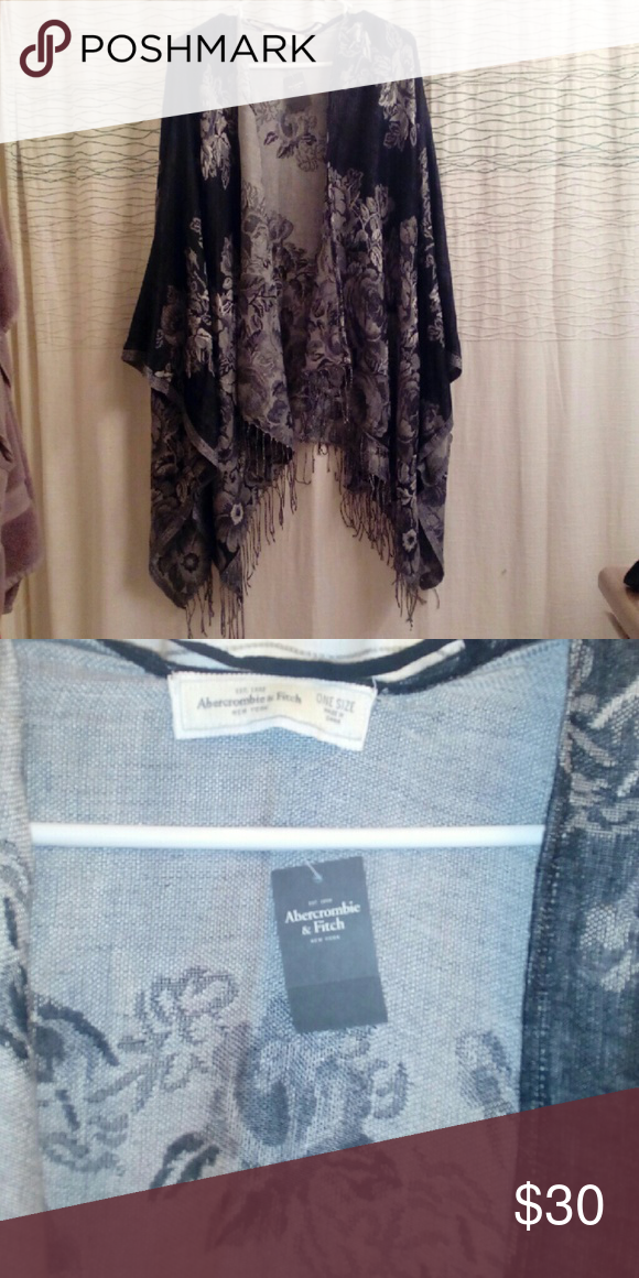 New Abercrombie & Fitch Kimono New With Tags, Abercrombie & Fitch Black & Gray Floral Scarf Style Kimono, One Size Fits All! Absolutely Beautiful, No Rips, Tares or Stains! Sleeves  3/4 Length.  Will Consider Offers! Abercrombie & Fitch Sweaters Shrugs & Ponchos
