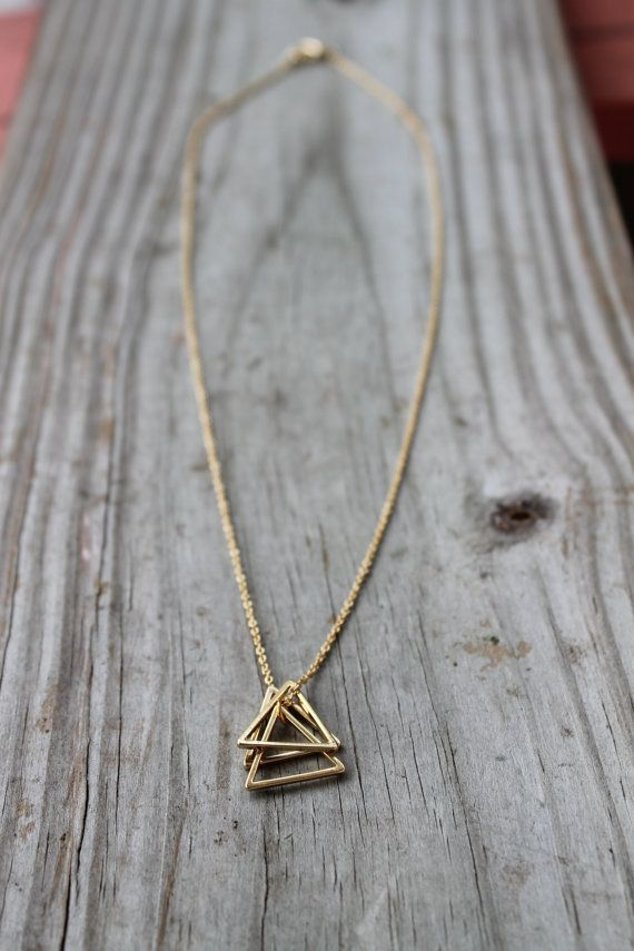 Gold Triangle Stack Necklace 14k Gold Filled Triangle Etsy Pendant Necklace Simple Gold Geometric Pendant Gold Triangle Necklace