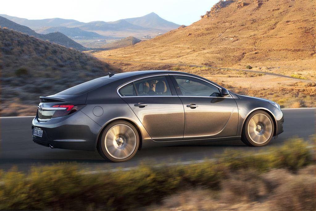 2013 Opel Insignia to debut at Frankfurt Motor Show in