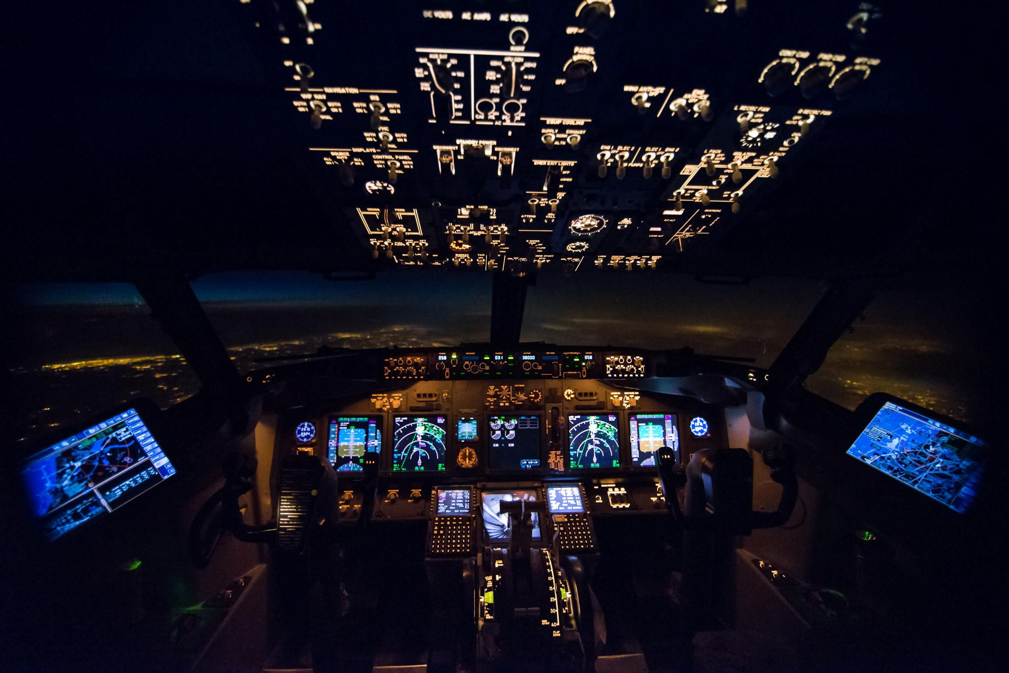 Image result for southwest 737 cockpit night