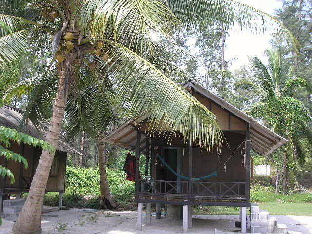 Laem Son Beach - Our home