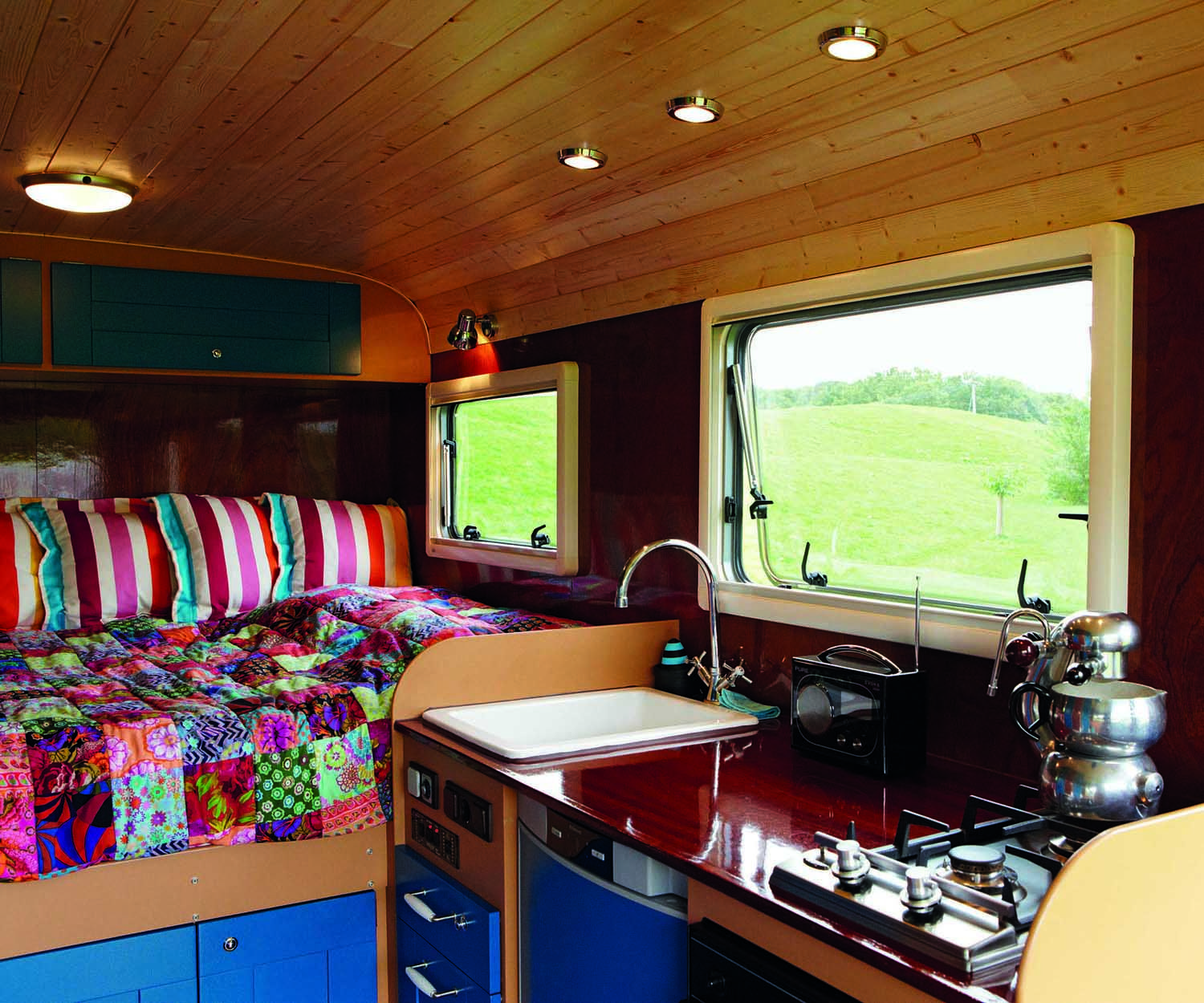 Amazing Array Of Quirky Campervans And Campervan Ownersthink Patchwork Quilts Fold Out
