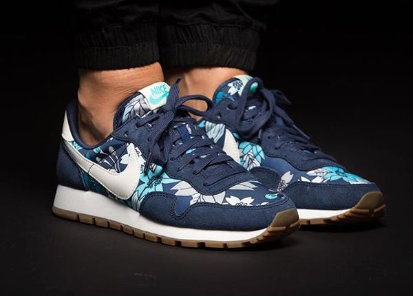 Nike Air Pegasus 83 Aloha Floral Midnight Navy