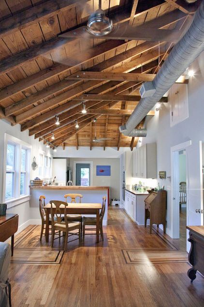 cathedral ceiling with exposed ducts | lakehouse ...