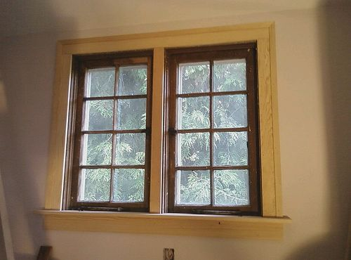 Wood windows wood window trim moulding baile trosc n for What kind of paint do you use on interior doors