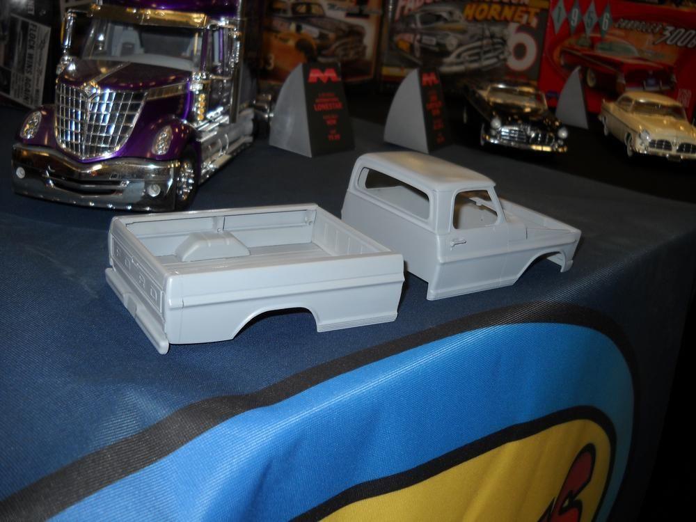 Moebius Ford Pickup Truck