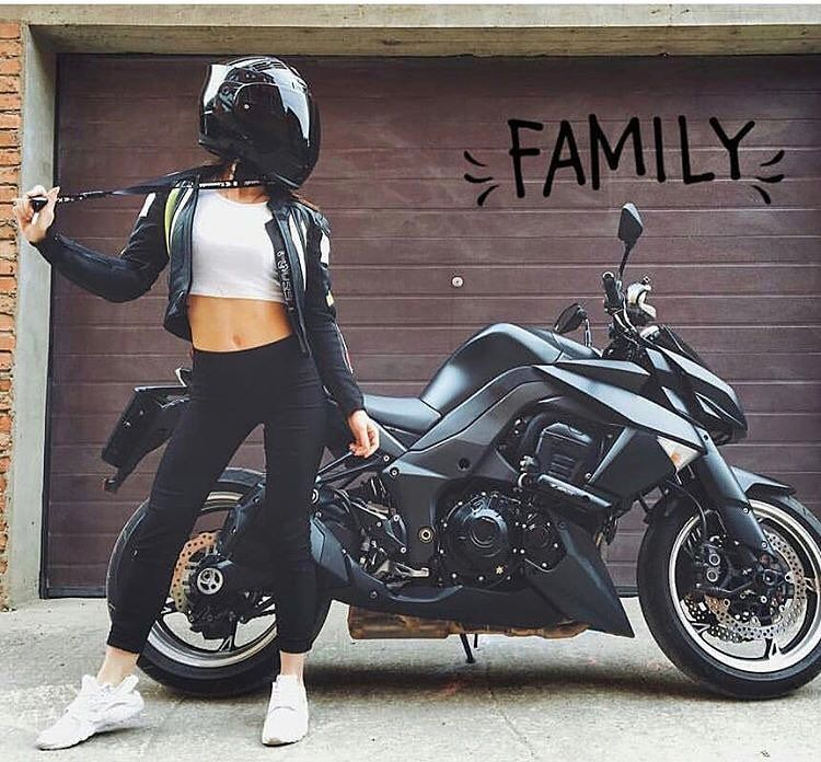 Tany Lisaa Women And Bikes Pinterest Lady Biker