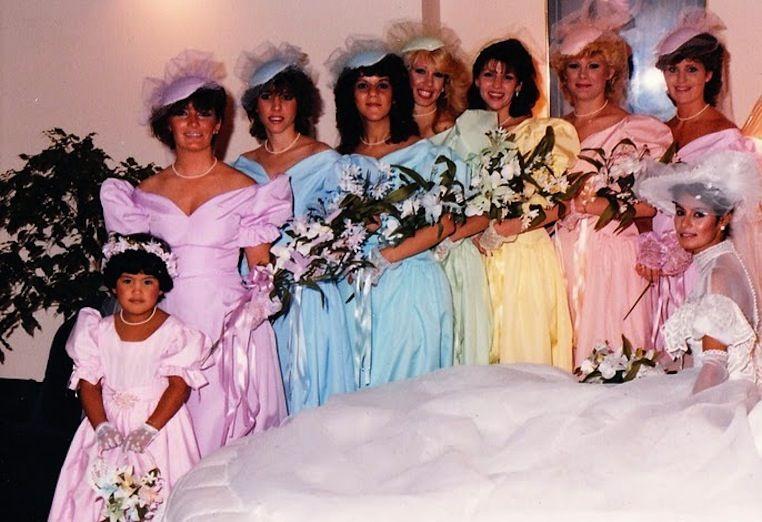 0752e3feb20 Bad-bridesmaid-style-ugly-bridal-party-photos-wedding-fun-pastels.original