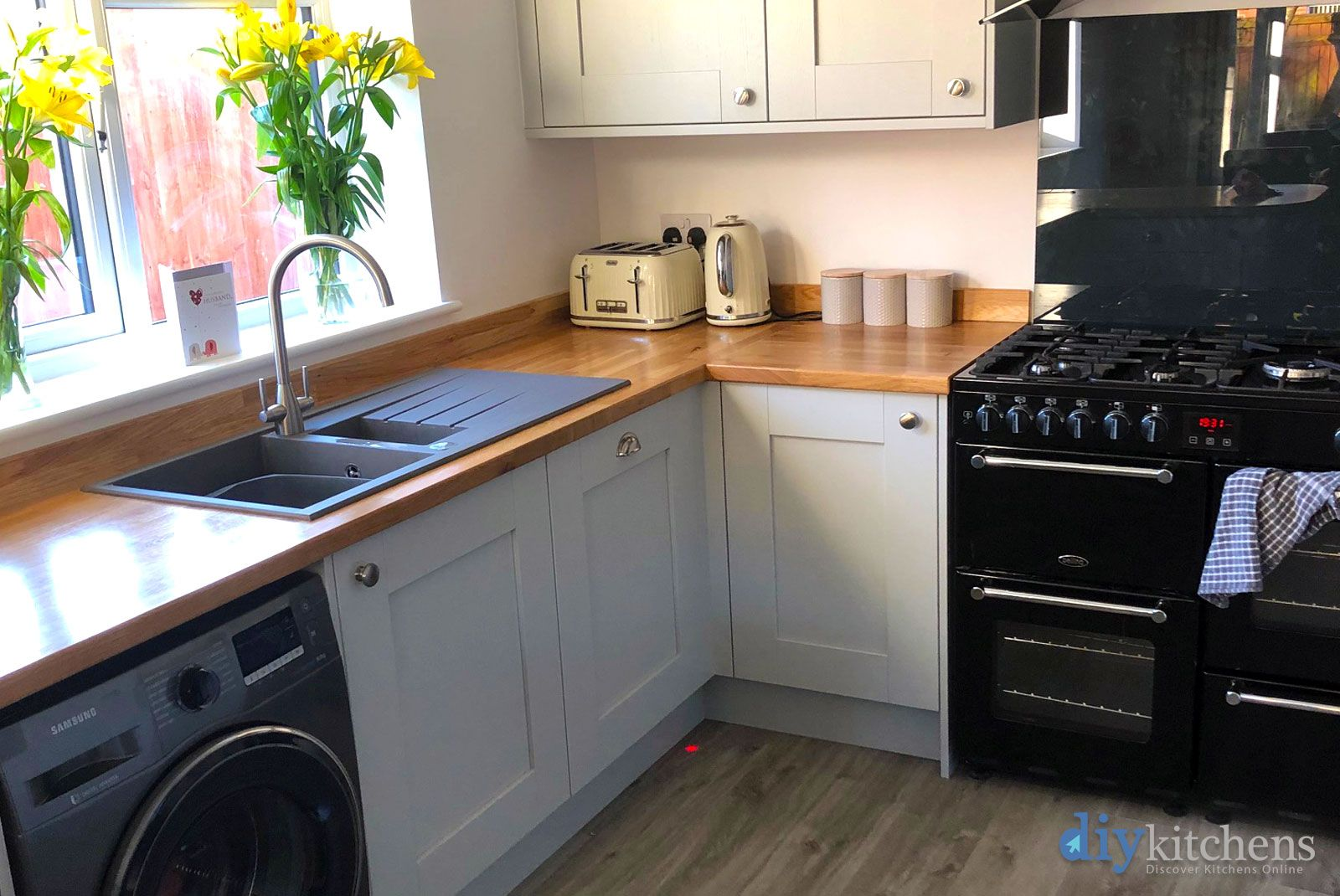 Best An Innova Malton Dove Grey Shaker Kitchen Cheap Kitchen 400 x 300