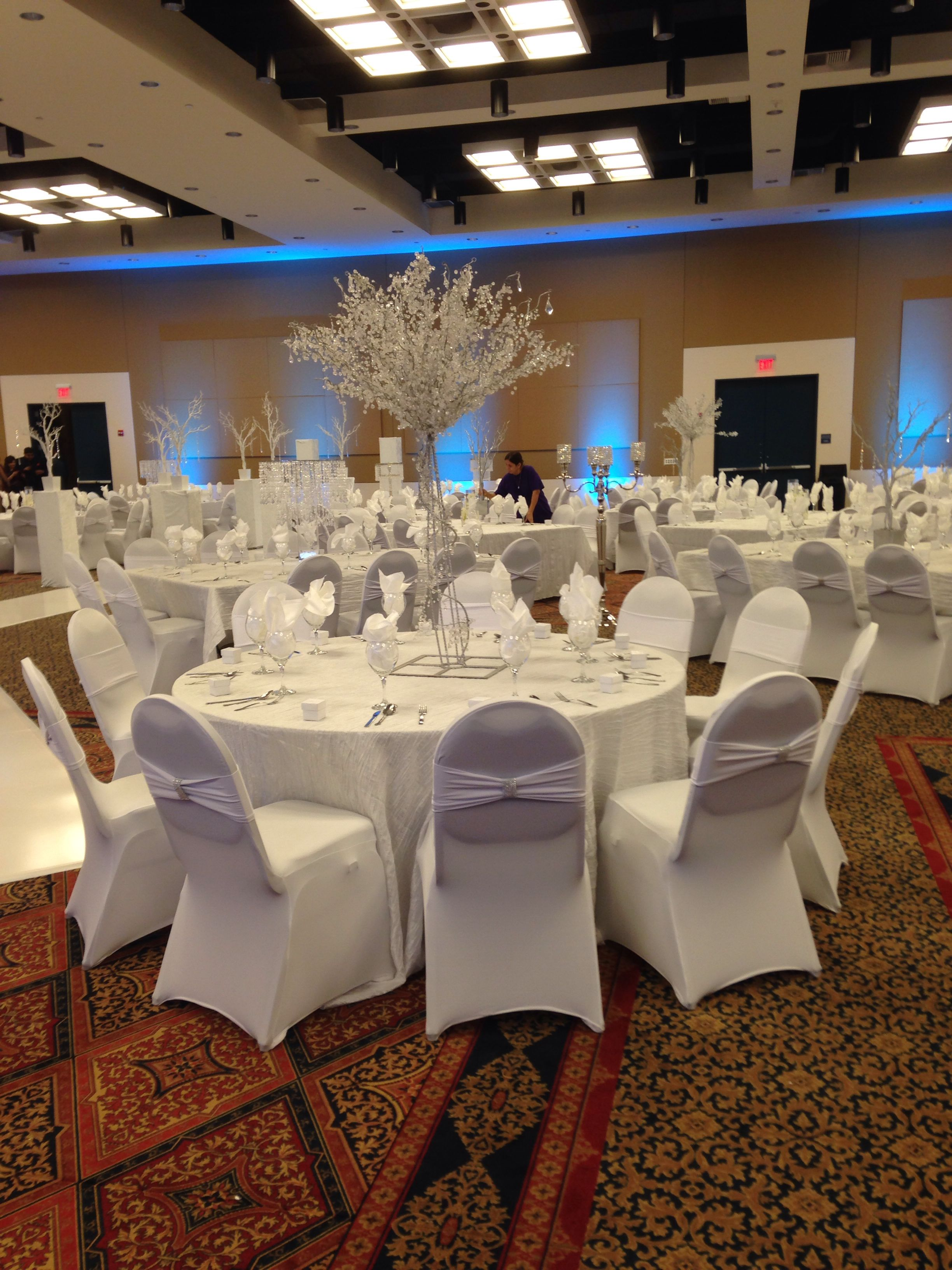 White Spandex Chair Covers 4ft Crystal Tree White