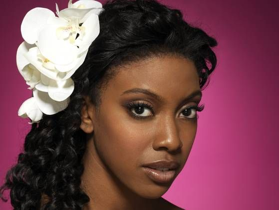 The Beautiful Condola Rashad Phylicia Rashad S Daughter Stars As Shelby In The All New Lifetime Produc Celebrity Daughters Condola Rashad Hollywood Fashion