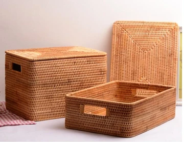 Woven Straw Basket Storage Basket Bamboo Rattan Wicker Basket With Lid Silvia Home Craft In 2020 Storage Baskets Wicker Baskets Storage Large Woven Basket