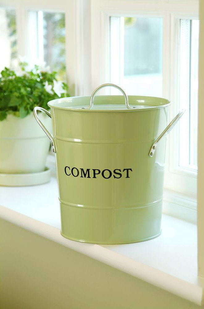 Etonnant Composting Is Good For Gardening And For The Planet. This Cute Compost Pail  Is Great For Checking Off Entries On Your Christmas Gift List.