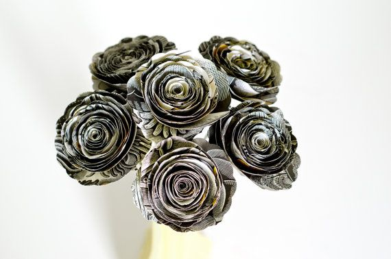 "Halloween Paper Roses made from ""The House in the Night"" - Black, White and Yellow Decor - Book Page Flowers for October Decoration"