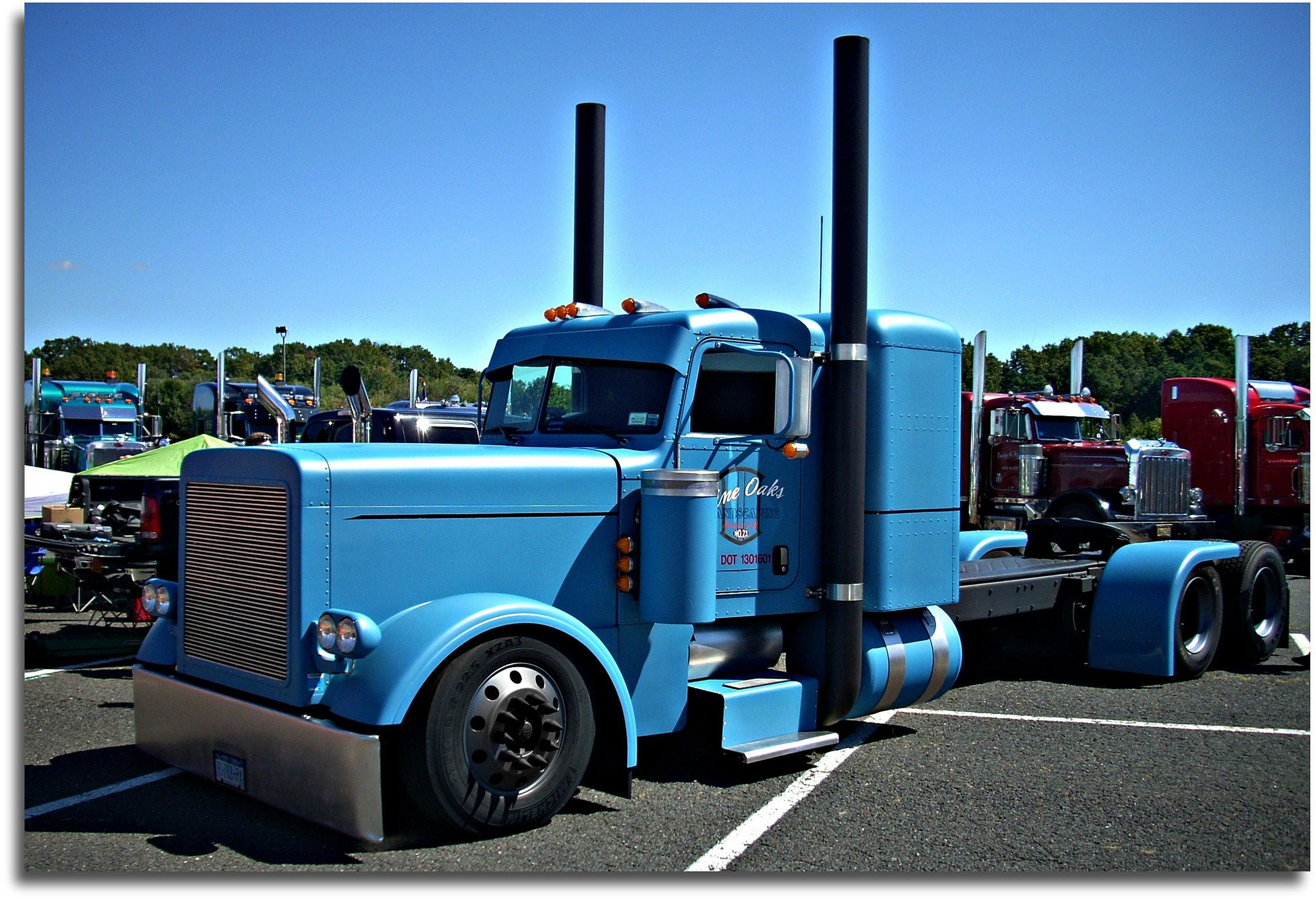 Peterbilt 359 show trucks peterbilt truck 359 custom tractor semi rigs rig wallpaper background