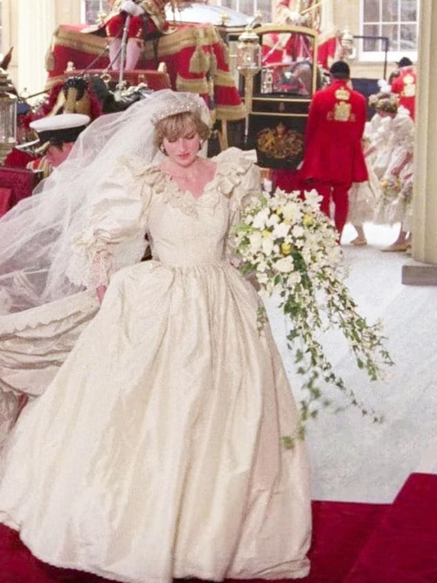 Princess Diana's Bridal Gown Designer Will Debut a New