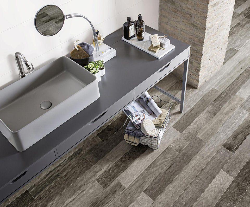 سيراميك ارضيات Wood Effect Porcelain Tiles Classic Bathroom Tile Bathroom Flooring