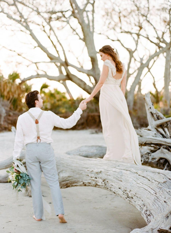 A Dreamy Driftwood Beach Shoot for Summer Love | Photography: Amanda Watson