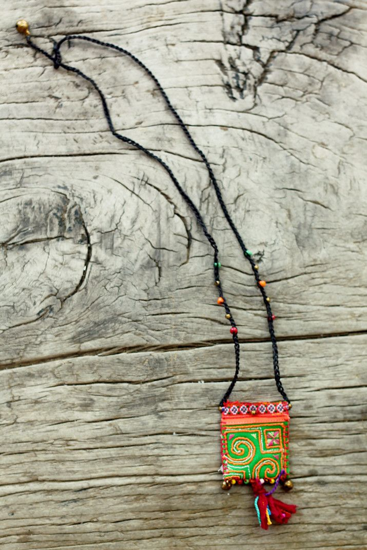 Tribal pouch amulet / keepsake / wish necklace in Snap Dragon