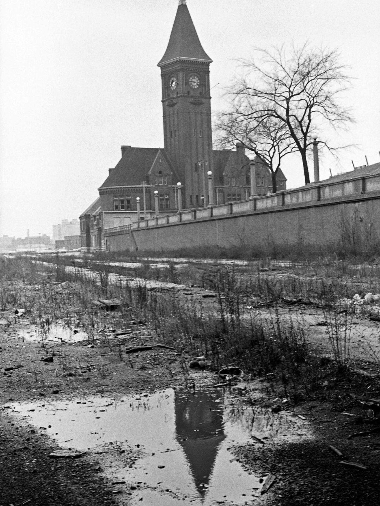 Historic Photo Print Milwaukee Chicago /& Northwestern Railroad Station c1890