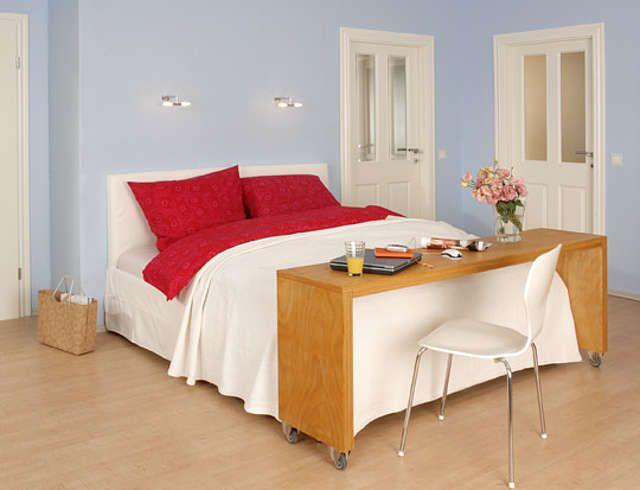 die besten 25 betttisch auf rollen ideen auf pinterest. Black Bedroom Furniture Sets. Home Design Ideas
