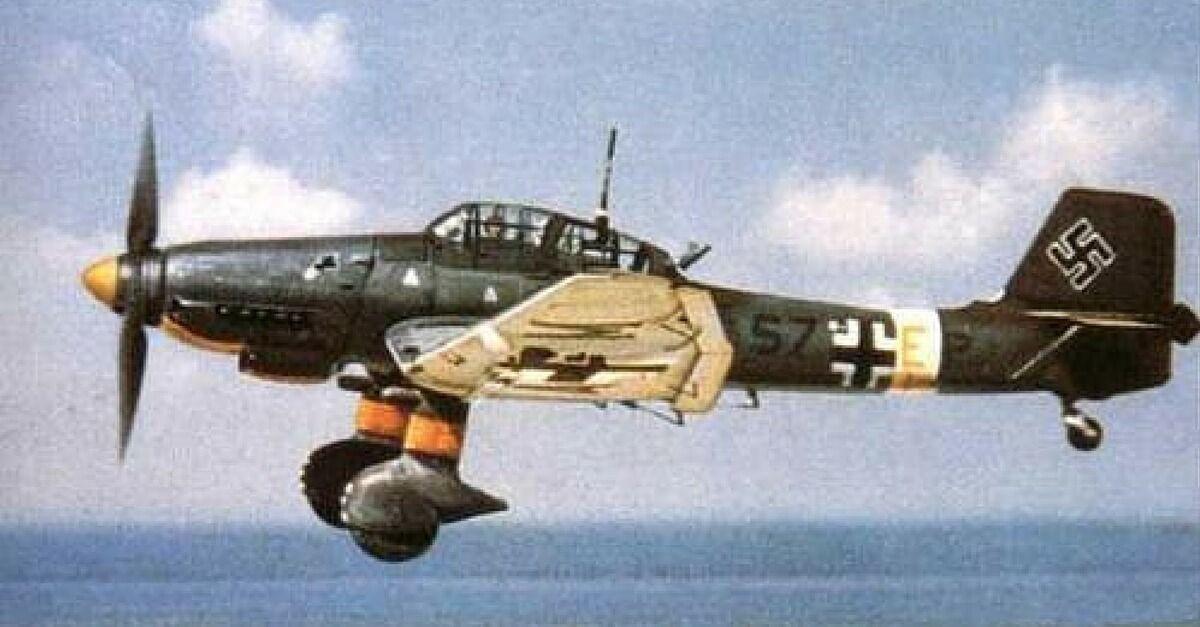 Luftwaffe WW2 aircraft T-shirt Messerschmitt Bf 109 Stuka Heinkel He 111