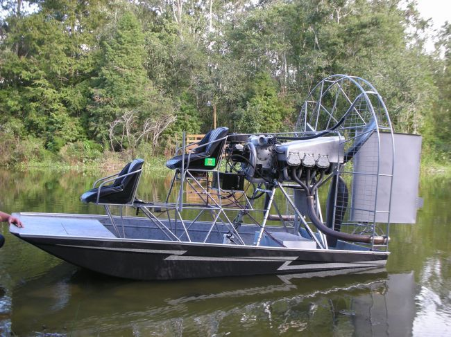 Flat bottom boat plans which boat design are you for How to build an airboat motor