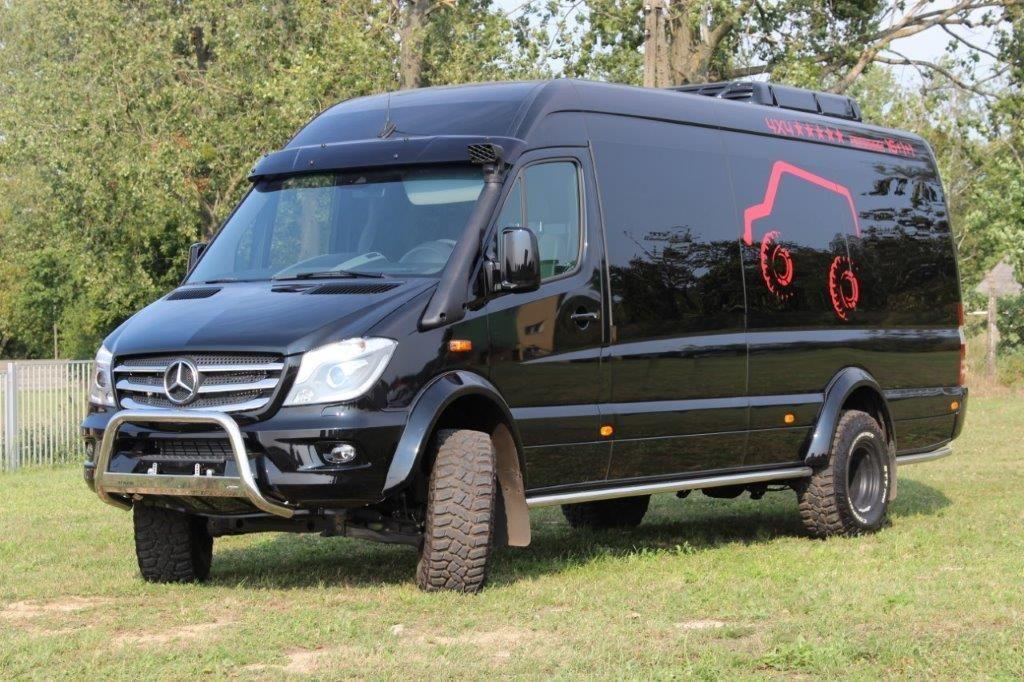 Mercedes Benz Sprinter 519 Cdi 4x4 35 3 0 140 K Passenger Van