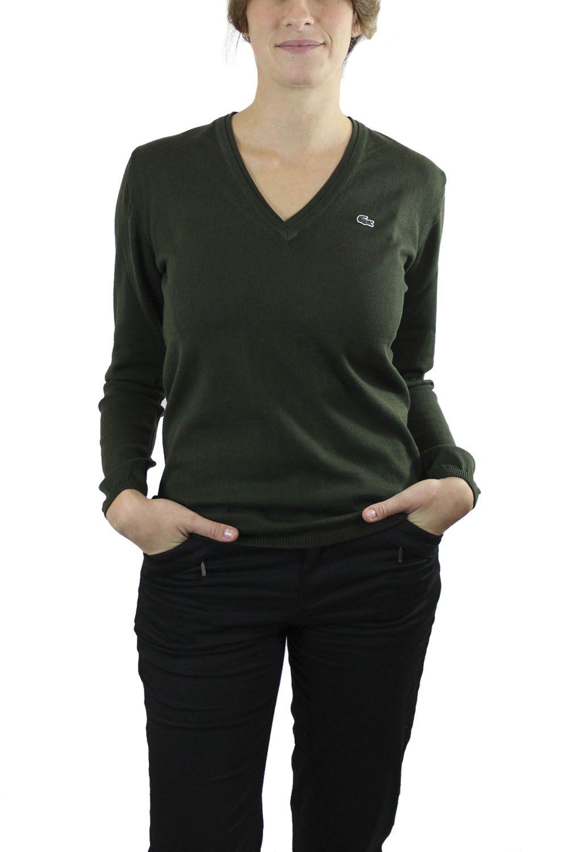Sweater Verde Oscuro. Sweater manga larga jersey Lacoste. Esta pieza básica es infaltable esta temporada en cualquier closet.