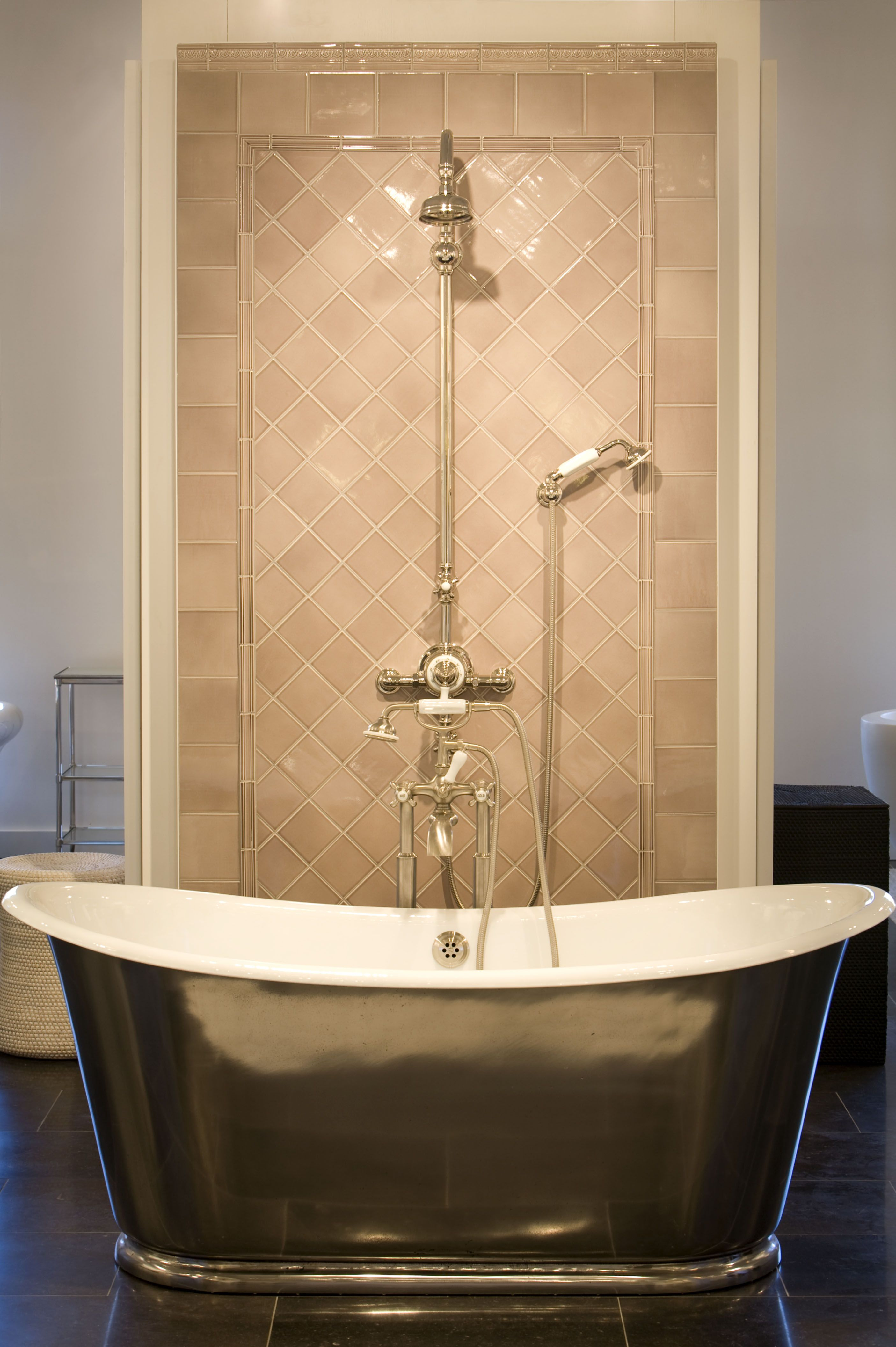 Candide Tub in the Denver Showroom | Denver Showroom | Pinterest ...