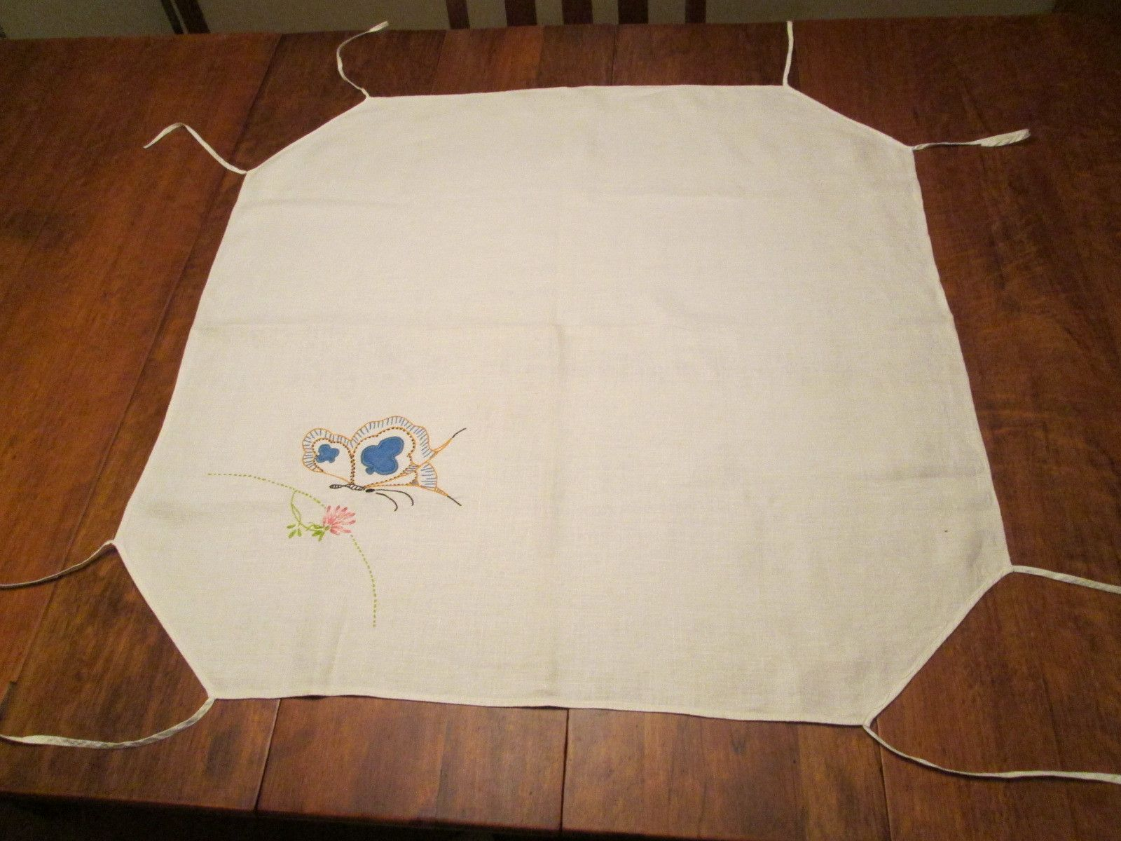 Card Tablecloth Vintage 1930s Linen Butterfly Applique Embroidery  $15  - Offers accepted, mail to: vanityflairvintage@gmail.com                 http://www.rubylane.com/item/676693-CLL149/Card-Tablecloth-Vintage-1930s-Linen-Butterfly