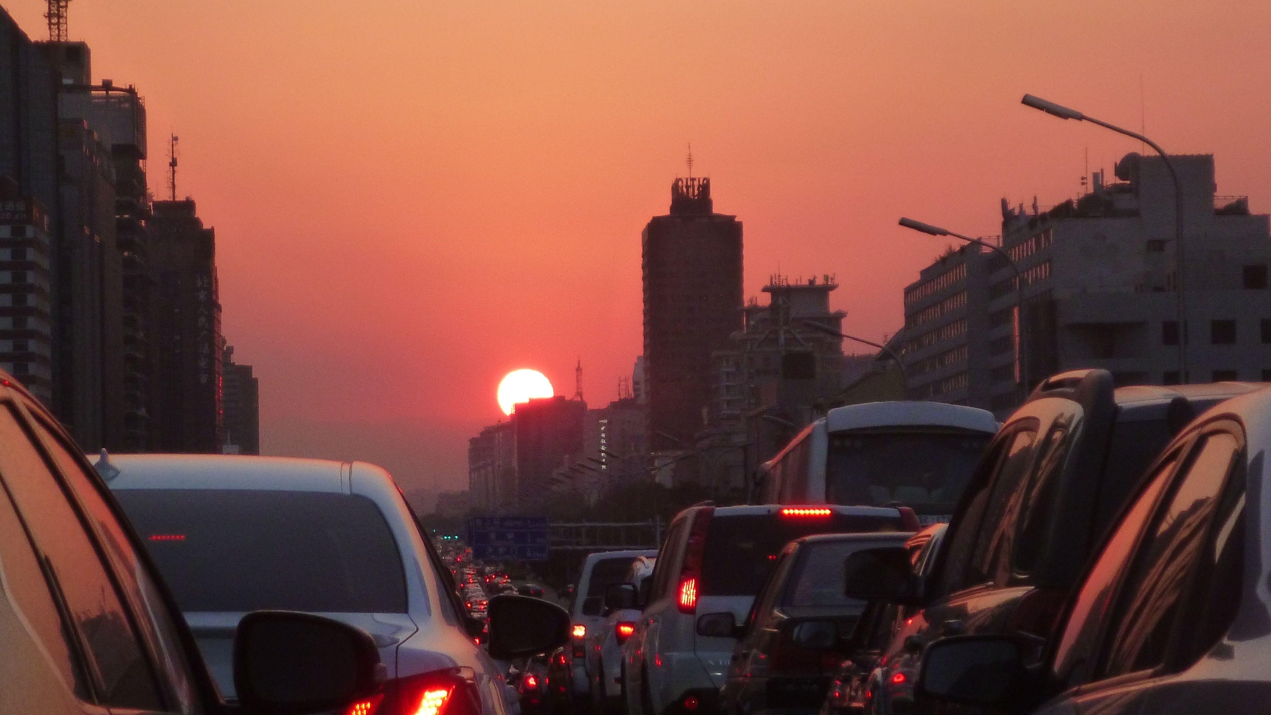 Pekingin ruuhkissa ja ilmansaasteissa pärjää paremmin muutaman neuvon avulla.