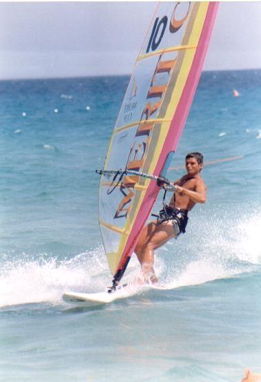 Windsurf in Sardegna, che sensazione di libertà infinita