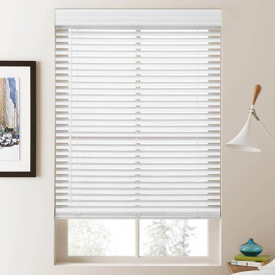 Pristine Bay Windows Baywindows With Images Faux Wood Blinds Blinds For Small Windows Faux Wood Window Blinds