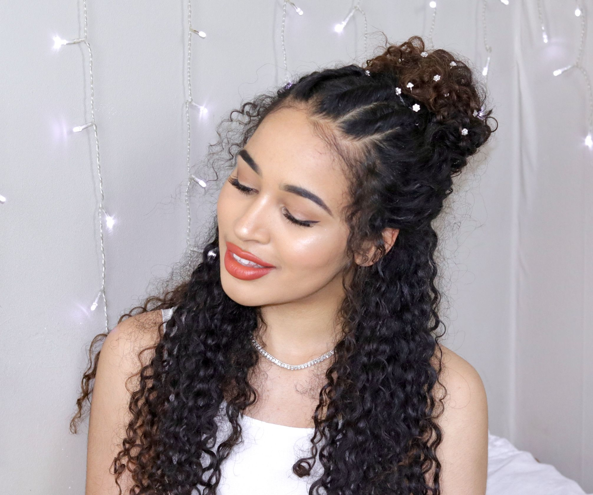 Pin By Giselle Valentin On Hairstyles In 2019 Curly Hair