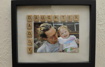 """I LOVE this idea for Father's Day!!""""Daddy Daughter Frame Tutorial"""" @Kathy Chan Chan Chan Chan Howard. You could do this!"""