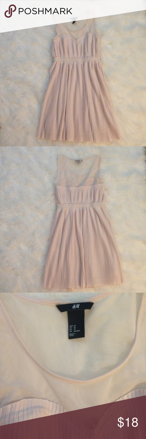 H&m pink pleated dress  HuM Pleated Cocktail Dress Mesh Pink xs  Pleats cocktail dress