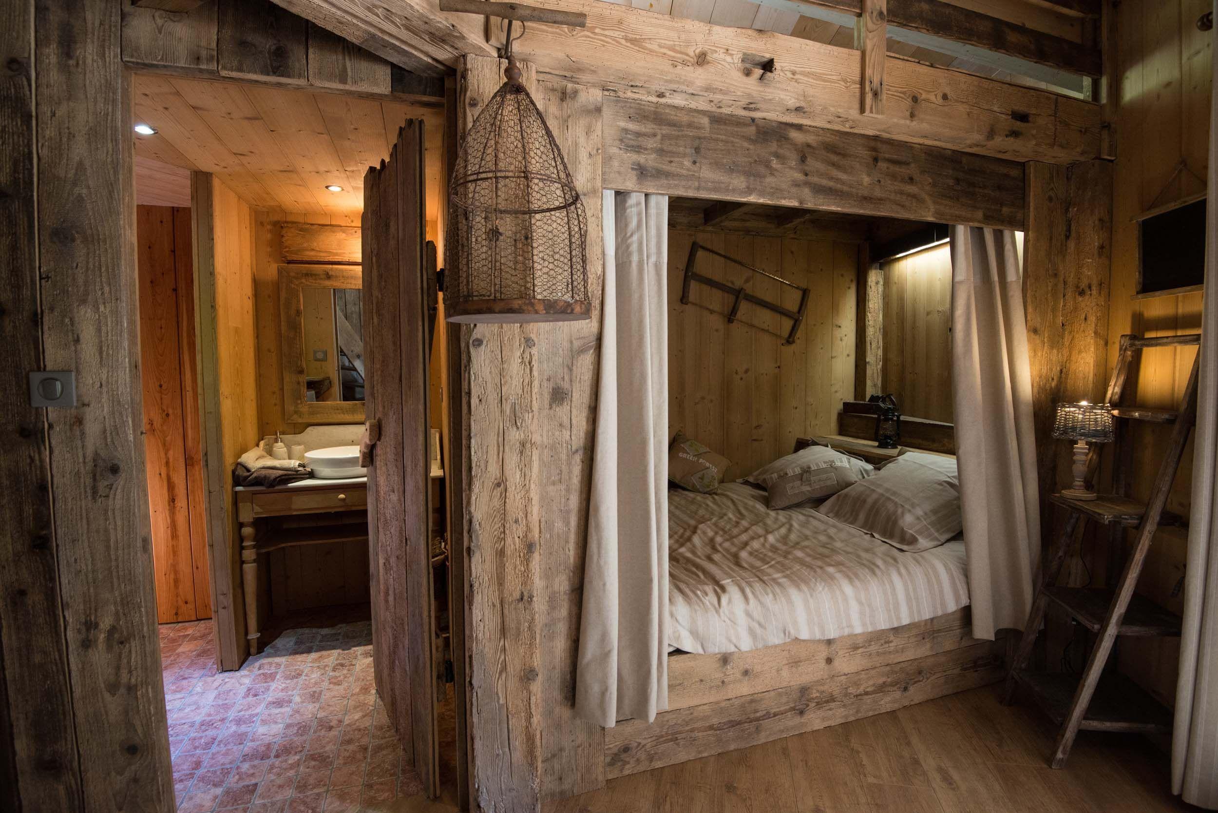 Cabanes insolites dans les arbres cabane en bois en 2019 cabane insolite cabane et cabane bois - Maison dans les bois ...