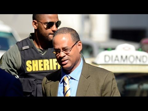 Not guilty: Driver of Baltimore police van transporting Freddie Gray acquitted - YouTube