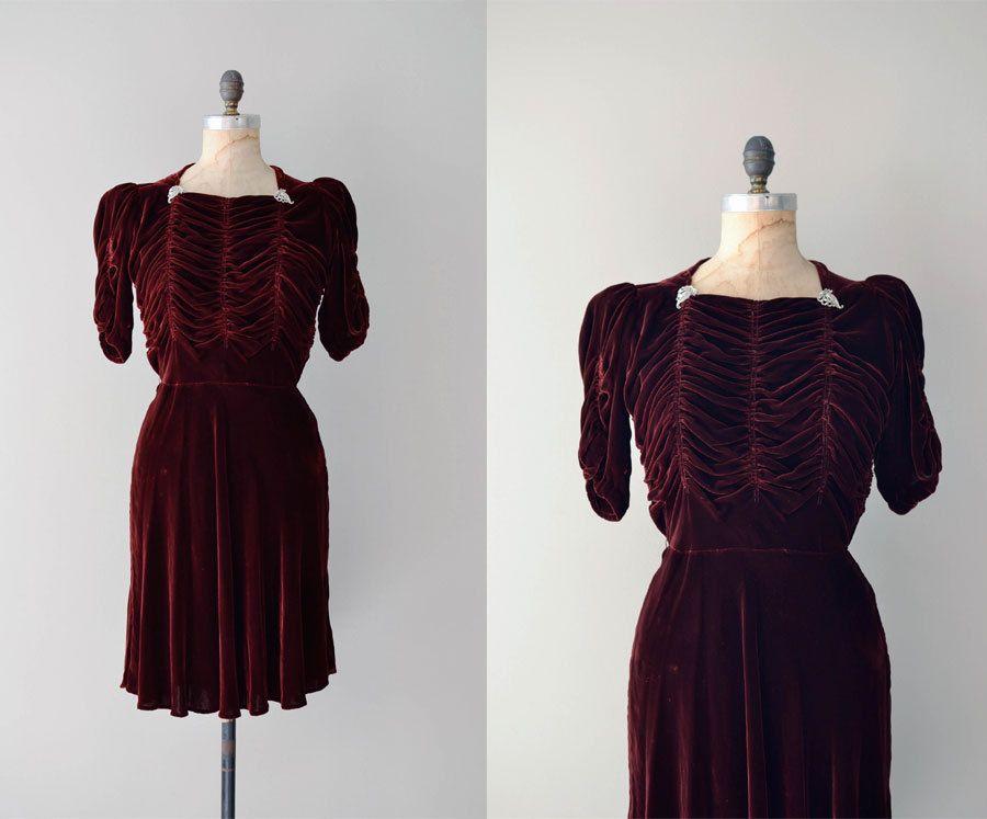 1930s dress / silk velvet 30s dress / Musette dress. $258.00, via Etsy.