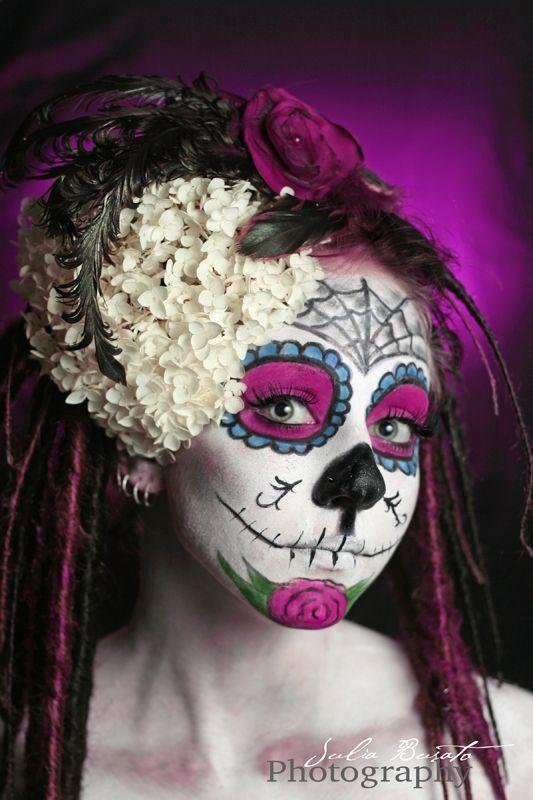 Pink Sugar Skull Makeup Dia De Los Muertos Day Of The Dead Costume ハロウィーン メイク メイクのアイデア 色