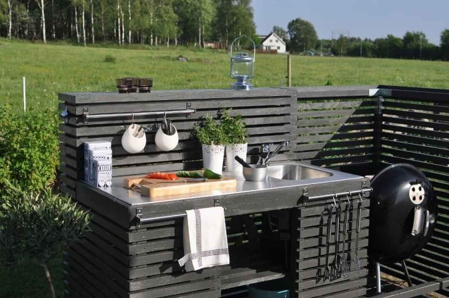 51 Best Outdoor Kitchen And Grill Ideas For Summer Backyard Barbeque Outdoor Kitchen Decor Outdoor Kitchen Sink Diy Outdoor Kitchen