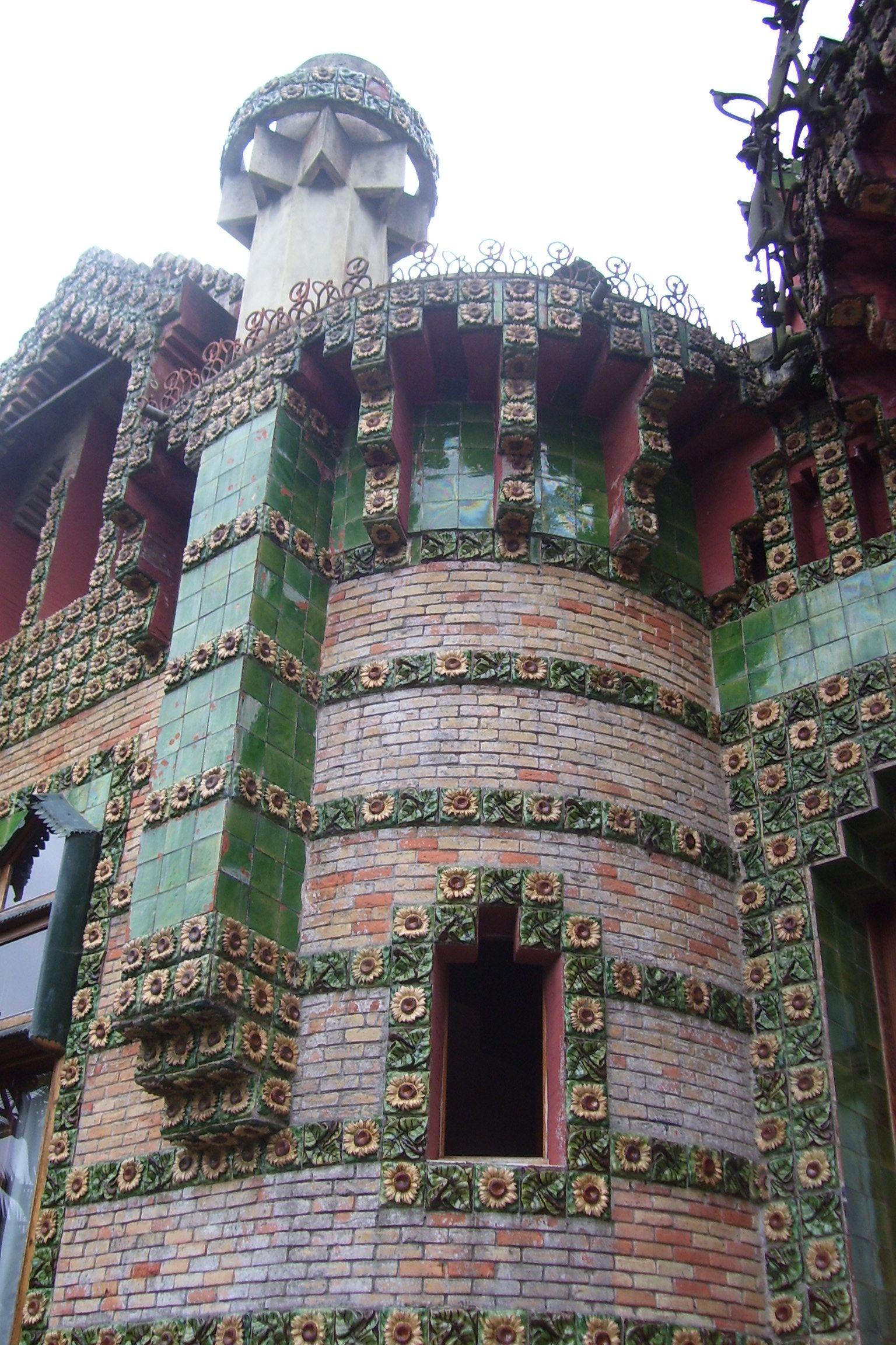 El capricho de #Gaudí, #Comillas, #Cantabria