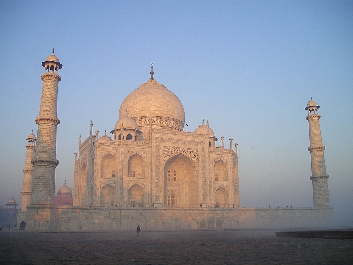 Agra travel guides