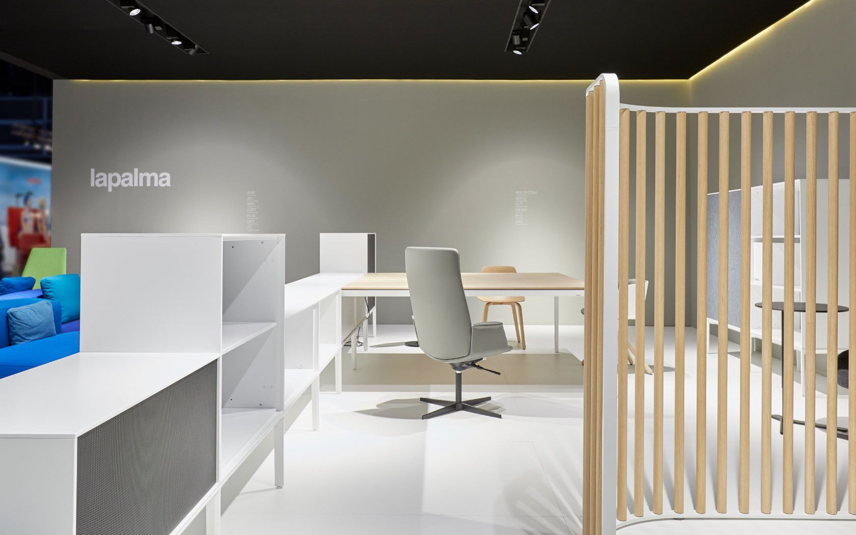 Un workspace tutto Ikea | Idee per interni, Ufficio interno
