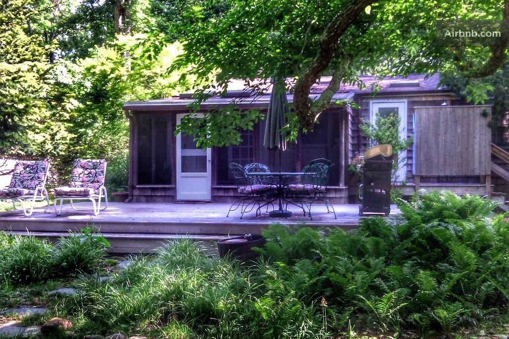 Classic East Hampton Cottage In East Hampton Vacation Home Condo Rental The Hamptons