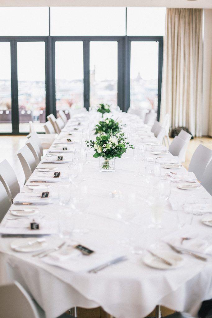 Modern minimal wedding table decoration ideas melissa tony modern minimal wedding table decoration ideas melissa tony liverpool town hall wedding junglespirit Choice Image