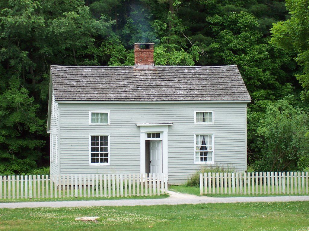 Small Salt Box Saltbox Houses Colonial House Box Houses