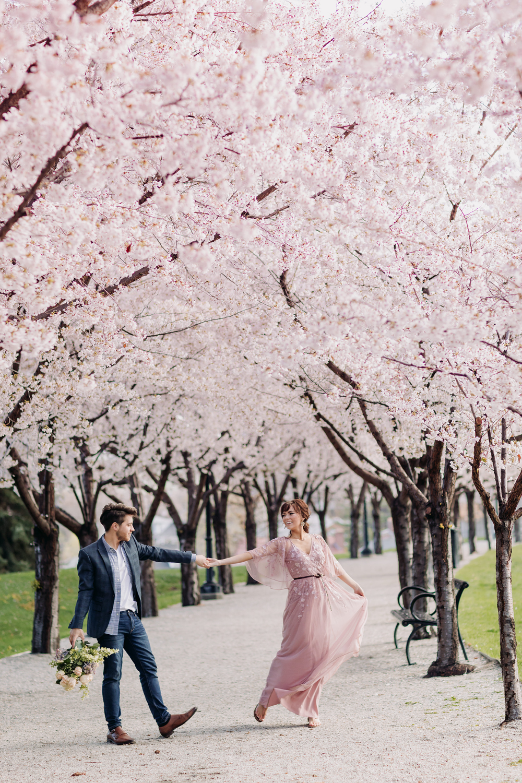Utah State Capitol Cherry Blossoms Spring Engagement Salt Lake City Couples Engagement Photos Spring Engagement Photos Couples Photoshoot